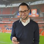 On tour: De mobiel van Jeremy Noya (Voetbal International)