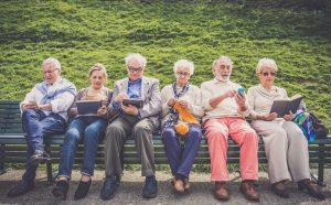 Smartphonegebruik ouderen Nederland 65+ 75+ smartphonepenetratie tablet mobile mobiel